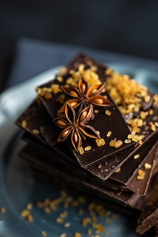 Concept culinaire avec différents types de chocolat