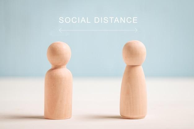 Concept de distance sociale - figures abstraites de personnes.