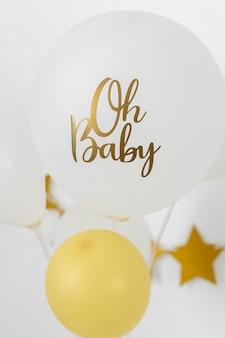 Concept de douche de bébé avec des ballons