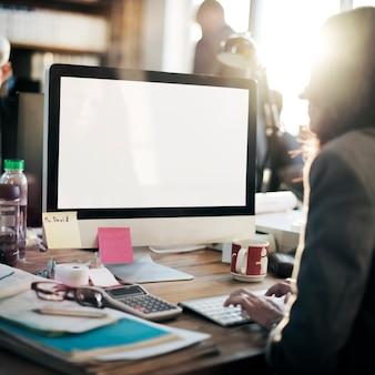 Concept d'écran vide de l'espace de copie de maquette