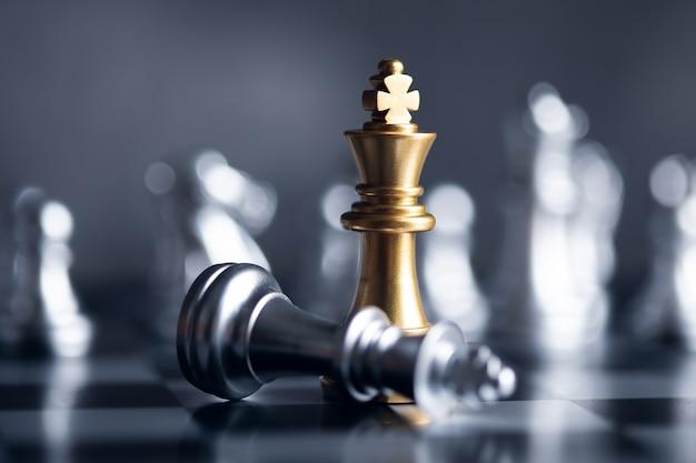 Concept d'entreprise de compétition de jeu d'échecs.