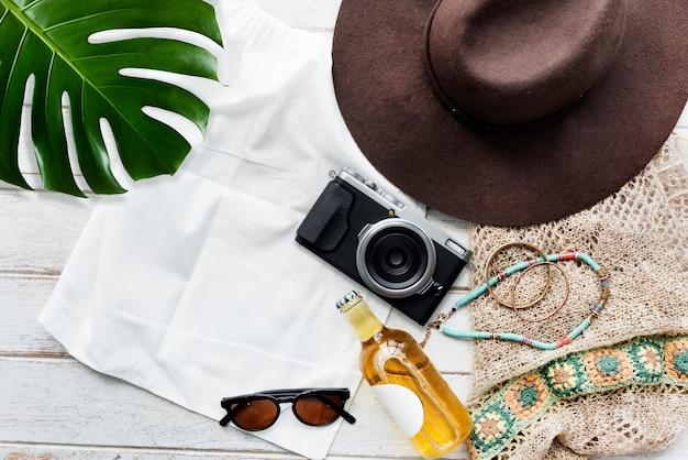 Concept d'exploration de voyage de vacances de vacances de plage d'été