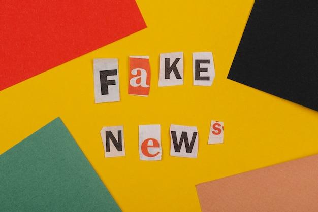 Concept de fausses nouvelles à plat
