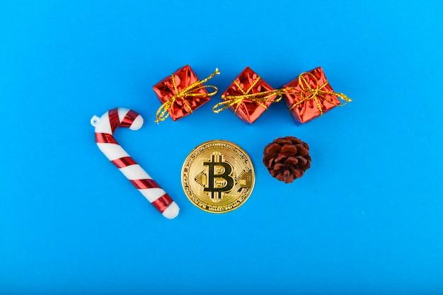 Concept festif de bitcoins. bitcoin et noël.