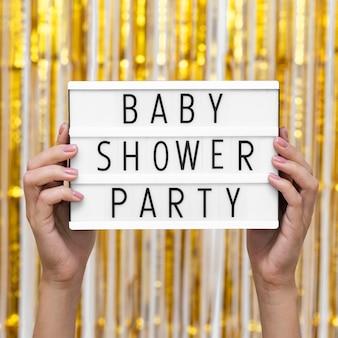 Concept de fête de douche de bébé vue de face