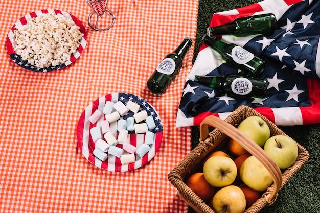 Concept de fête de l'indépendance des états-unis avec pique-nique