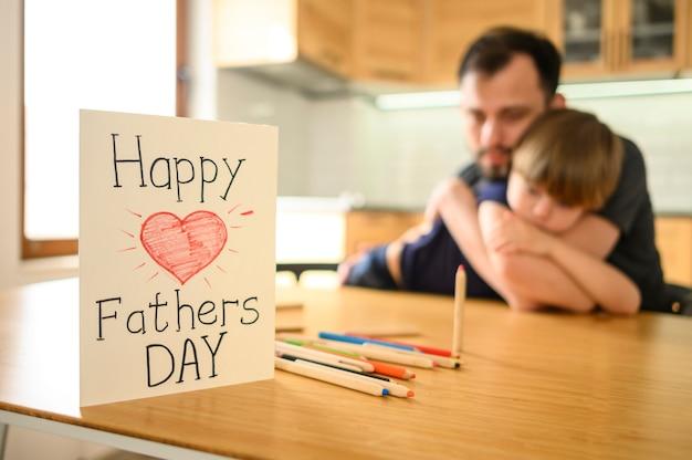 Concept de fête des pères avec carte de voeux