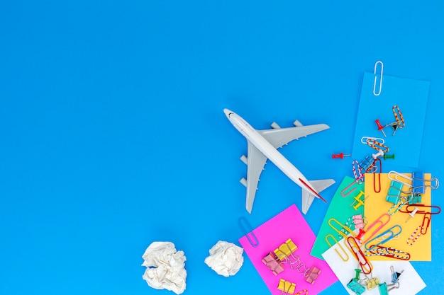 Concept de fond des transports et des voyages d'affaires