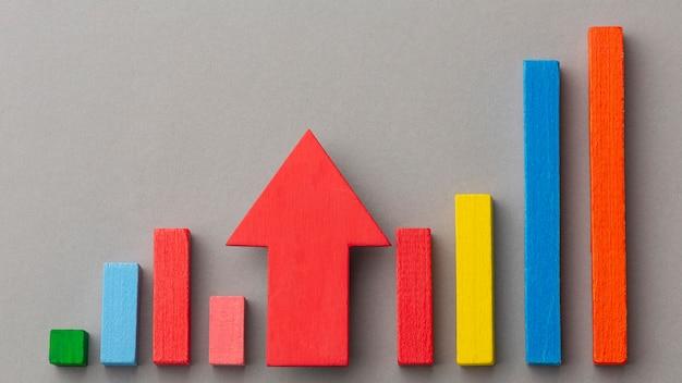 Concept graphique avec des blocs de bois