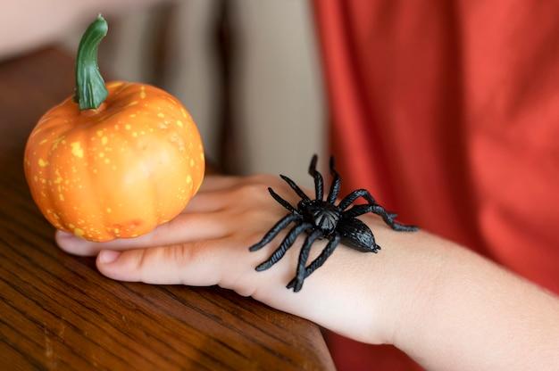 Concept d'halloween avec citrouille
