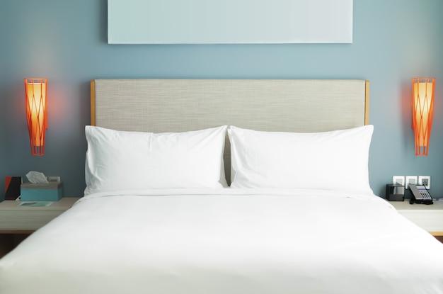 Concept d'intérieurs de chambre à coucher. style de chambre moderne à la maison.