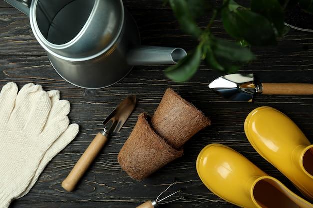 Concept de jardinage sur bois rustique