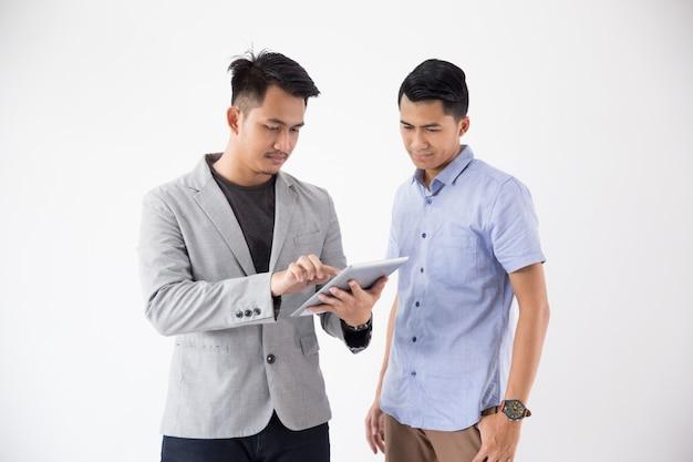 Concept de jeune entreprise asiatique