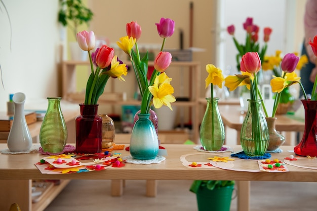 Concept de la journée des femmes de vacances de printemps ou la fête des mères à l'école montessori