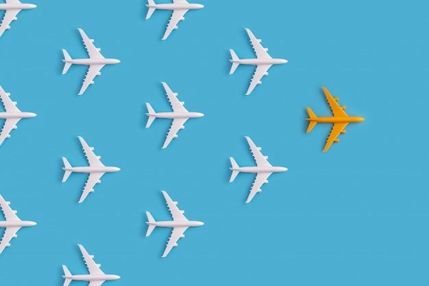 Concept de leadership d'avion coloré avec créativité