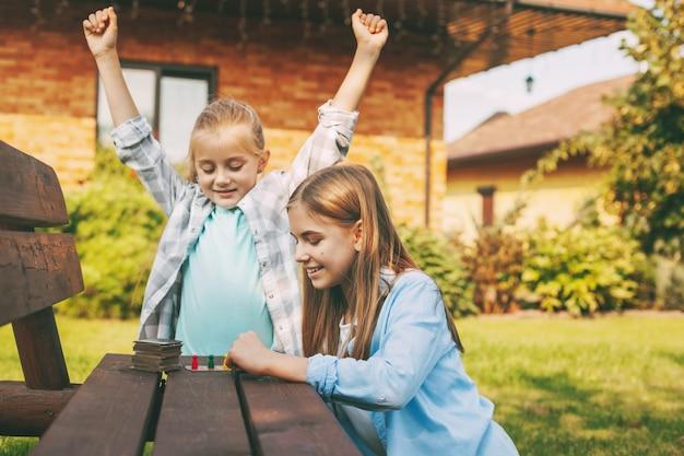 Concept de loisirs et de développement des enfants