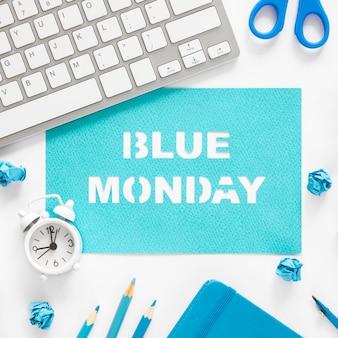 Concept de lundi bleu avec clavier