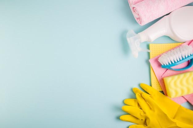 Concept de nettoyage composition à plat