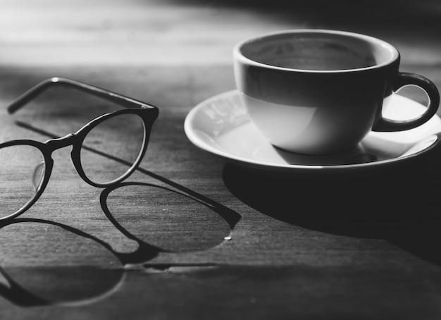 Concept de pause-café coupe de verres