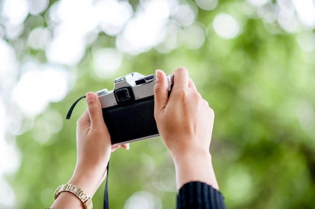 Concept de photographie de coups de main et de caméra
