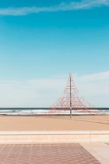 Concept de plage avec aire de jeux