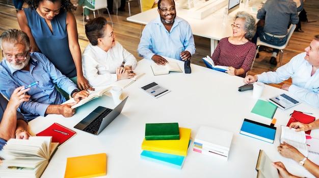 Concept de planification de réunion de coopération idées