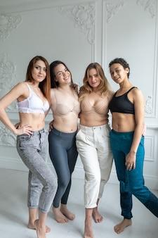 Concept de positivité du corps. femme avec confiance et positivité corporelle.