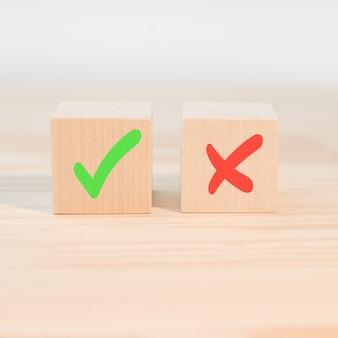 Concept de prise de décision positive ou négative ou choix d'approbation ou de rejet