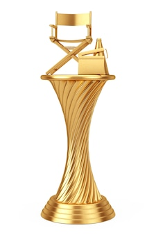Concept de prix de cinéma. golden award trophy director chair, movie clapper et mégaphone sur fond blanc. rendu 3d.