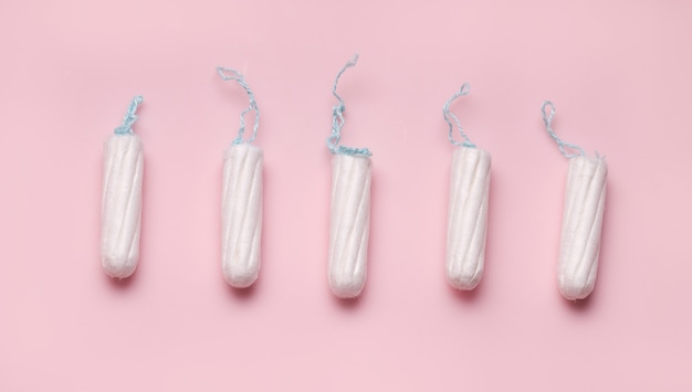 Le concept de protection pendant la menstruation. tampons