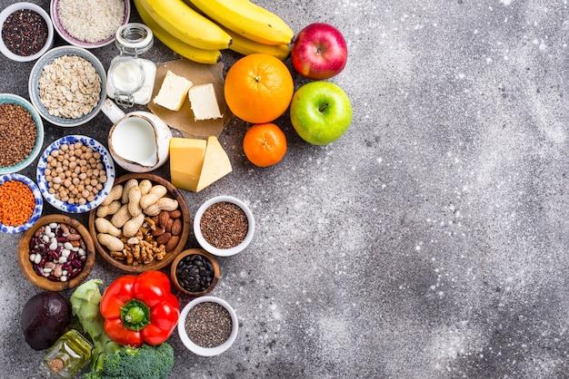Concept de régime végétarien lacto. nourriture saine