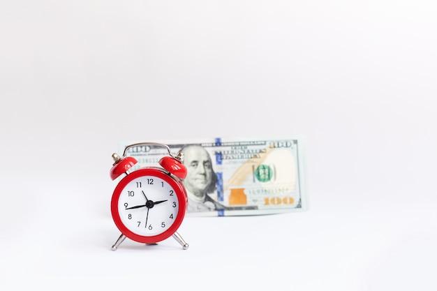 Un concept sur la relation entre temps et argent.
