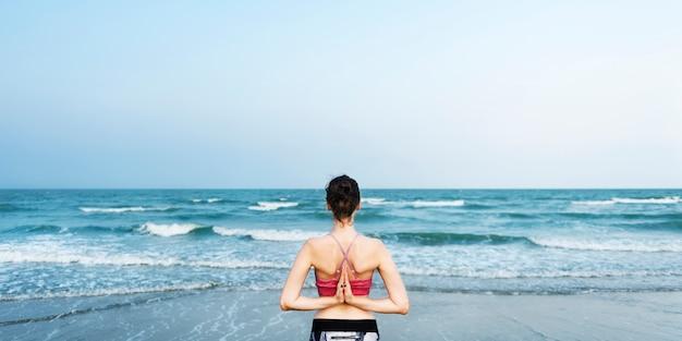 Concept de relaxation balance beach energy meditate peace