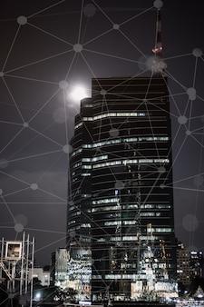 Concept de réseau iot numérique smart city, entreprise de construction avec interface graphique