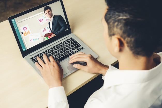 Concept de réunion de présentation en ligne et d'apprentissage en ligne