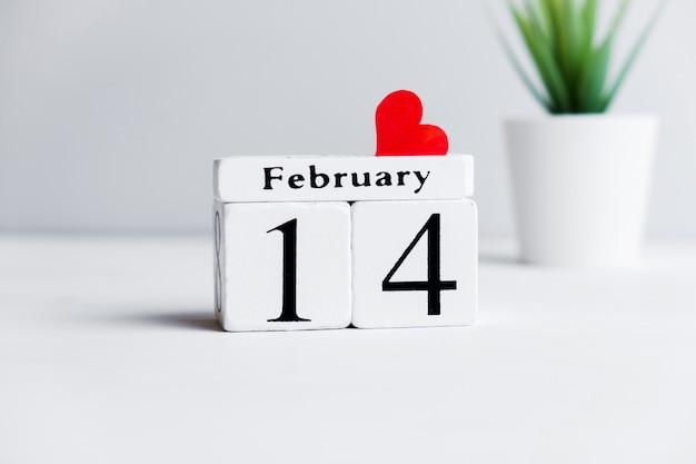Concept de la saint-valentin le 14 février avec coeur.