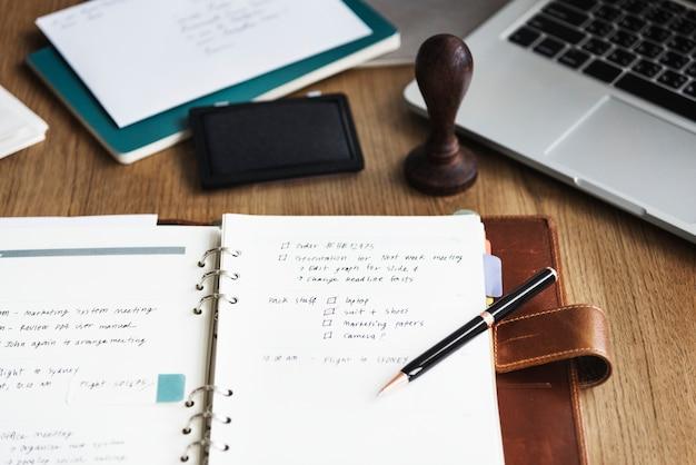 Concept de solution de rappel de processus de planification d'organisateur