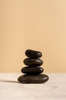 Concept de spa avec de petites pierres