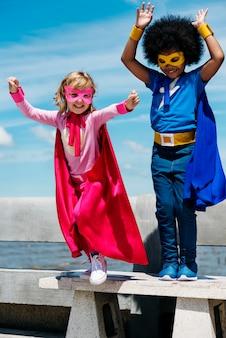 Concept de super héros pour l'enfance