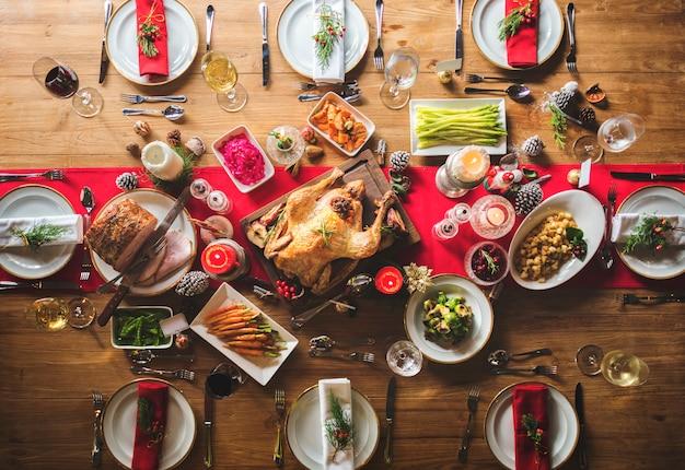 Concept de table de dîner de famille de noël