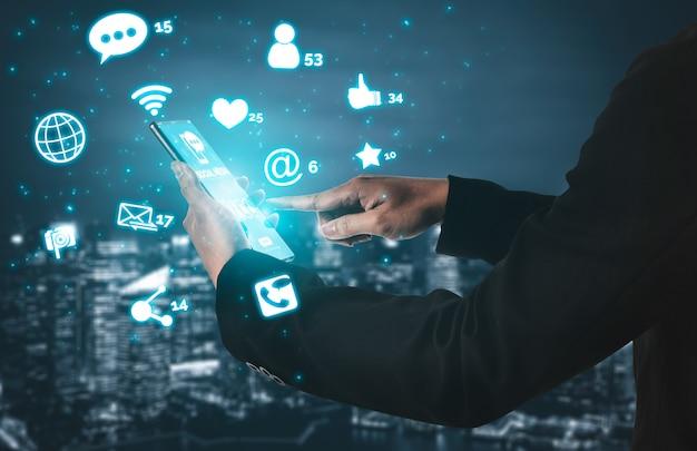 Concept de technologie de réseaux sociaux et de personnes