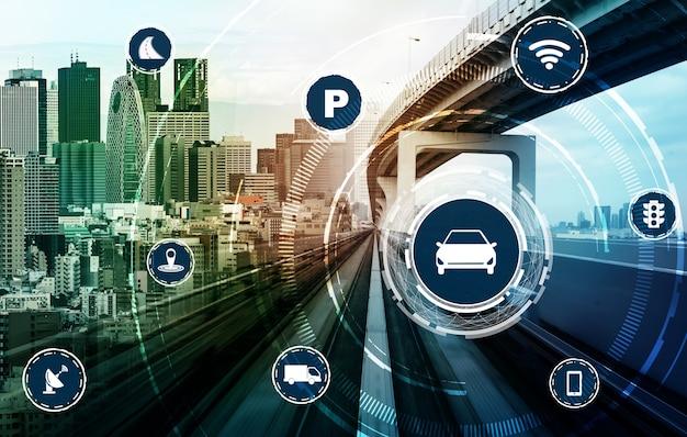Concept de technologie de transport intelligent pour le trafic automobile futur sur route