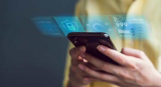 Concept technologique avec internet et mise en réseau de la cybersécurité