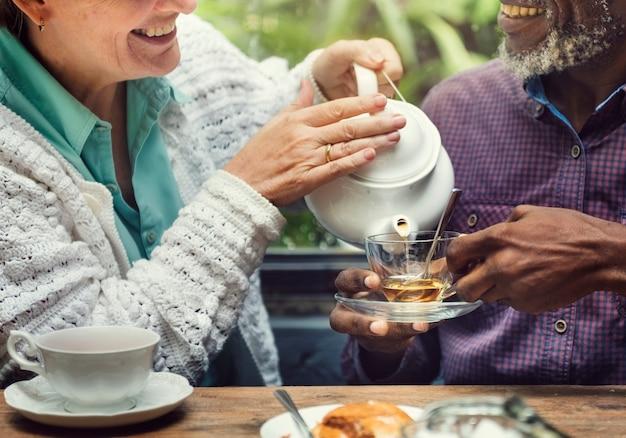 Concept de thé d'après-midi casual elderly older concept