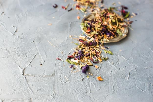 Concept de thé floral bio