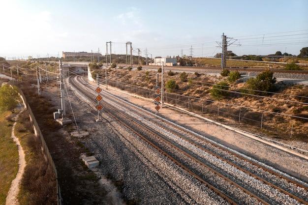 Concept de transport avec les chemins de fer