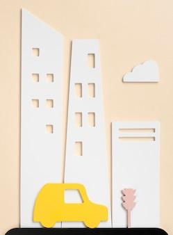 Concept de transport urbain avec véhicule jaune