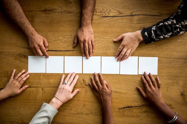 Concept de travail d'équipe de groupe de personnes