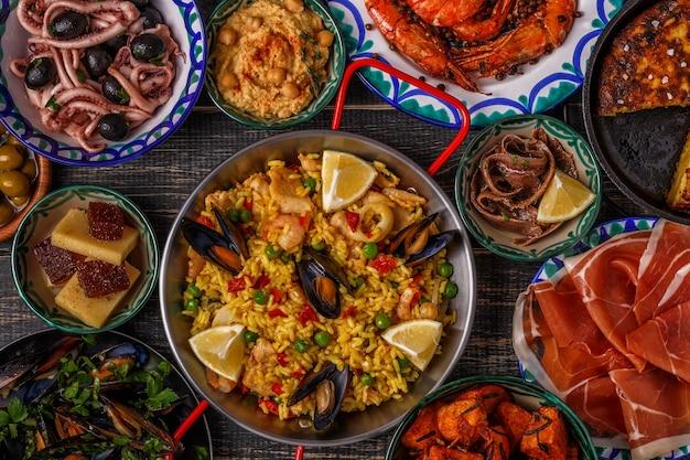 Concept typiquement espagnol de tapas.