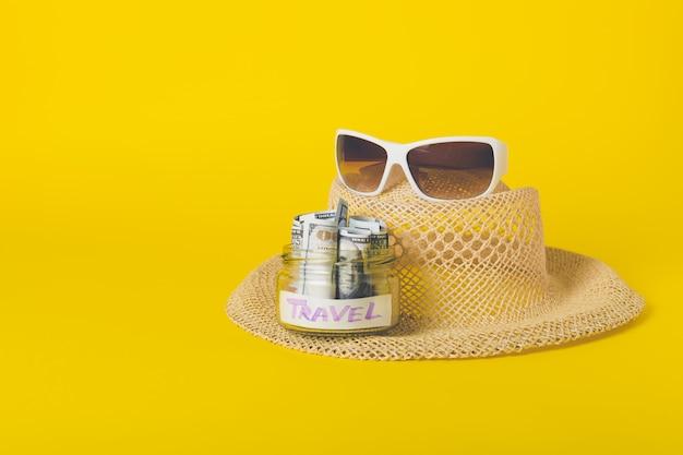 Concept de vacances de voyage de week-end d'été